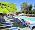 thumbs  - Large swimming pool at the hotel with sun beds and umbrellas - Hotel Jumbo Marebello di Rimini (5/54)