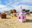thumbs  - large play area on the beach - Hotel Kiss Viserba di Rimini (53/58)