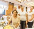 thumbs  - with Raffaella and the staff room - Hotel Gigliola Igea Marina (18/38)