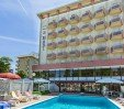 thumbs  - Pool area equipped with umbrellas and sunbeds - Hotel Due Mari Miramare di Rimini (2/61)