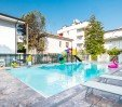 thumbs  - Schwimmbad im Hotel - Residence Filmare Riccione (3/37)