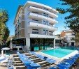 thumbs  - facciata hotel con piscina - Hotel Queen Mary Cattolica (1/56)