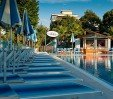 thumbs  - + +20 500 square meters of solarium with umbrellas and sunbeds +80 FREE !! - Hotel Paris Resort Bellaria (6/29)