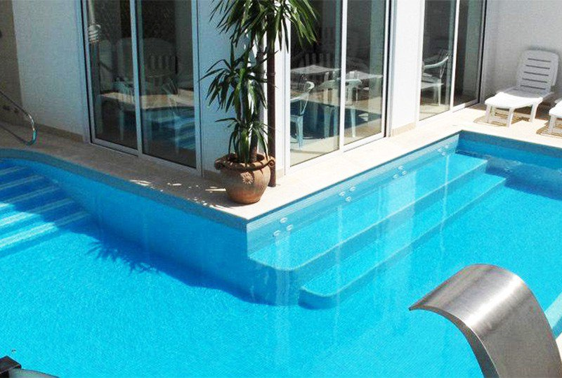 Height 1.40m swimming pool with whirlpool and relaxation - Hotel Karina Riccione (2/29)