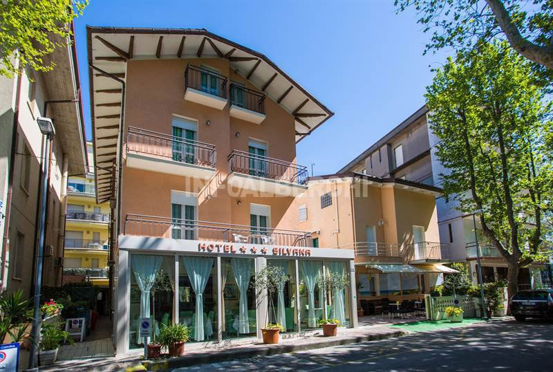 facade of the hotel - Hotel Silvana Cattolica (1/43)