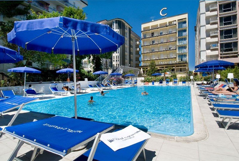 Hotel pool: 200 sqm - Hotel Caravelle Cattolica (2/26)