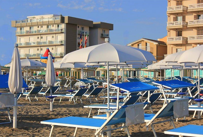 in front of us there is only the sea! - Hotel Augustus Misano Adriatico (2/39)