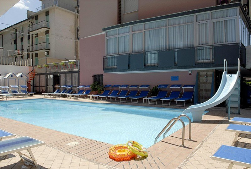 outdoor temperate swimming pool - Hotel Faber Rivazzurra di Rimini (2/24)