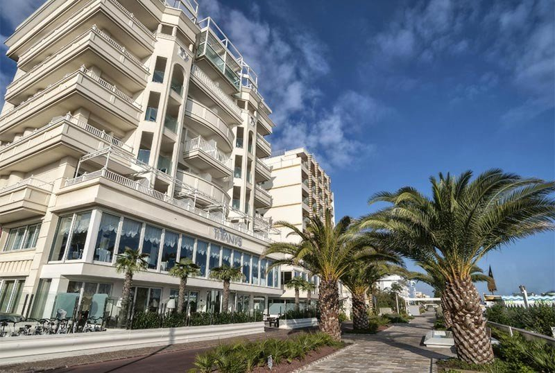 Exterior of the hotel from the seafront - Hotel Tiffany's Riccione (1/37)