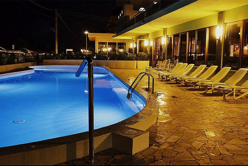 pool at night - Hotel Elizabeth Bellaria (2/27)