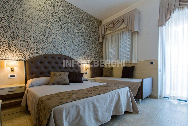 https://static.info-alberghi.com/images/gallery/800x538/830_26_Park_Hotel_Belsoggiorno_59b92cc9860a2.jpg