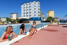 Hotel Asiago Beach
